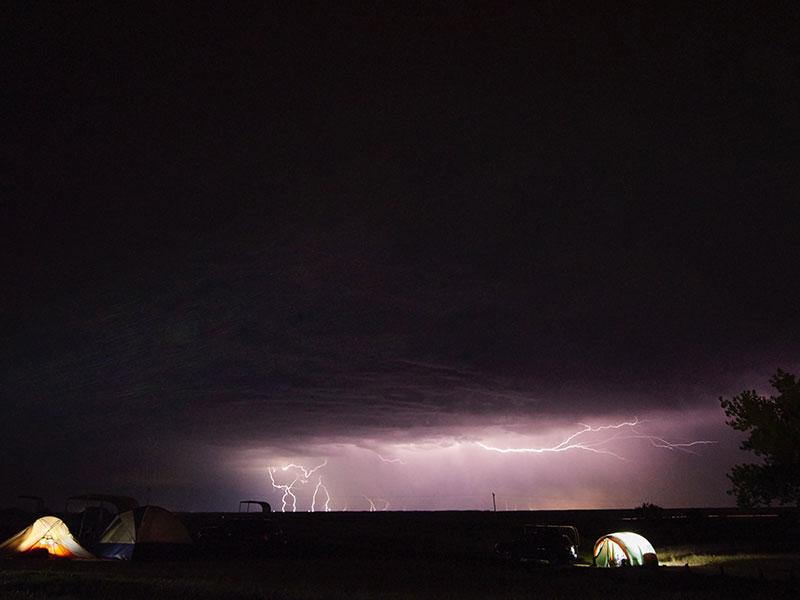 kamperen met onweer